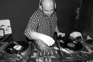 DJ Maceo